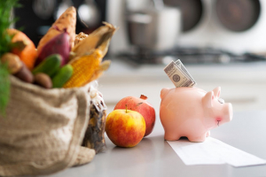 12 Money-Saving Tips for Planning Meals on a Budget