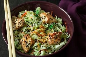 亚洲鸡肉沙拉