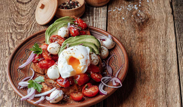 Baked Egg with Avocado, Tomato, and Citrus Salad