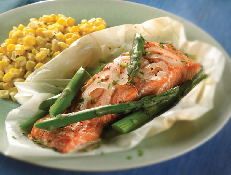 Salmon and Asparagus Gremolata