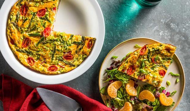 Crustless Asparagus and Tomato Quiche