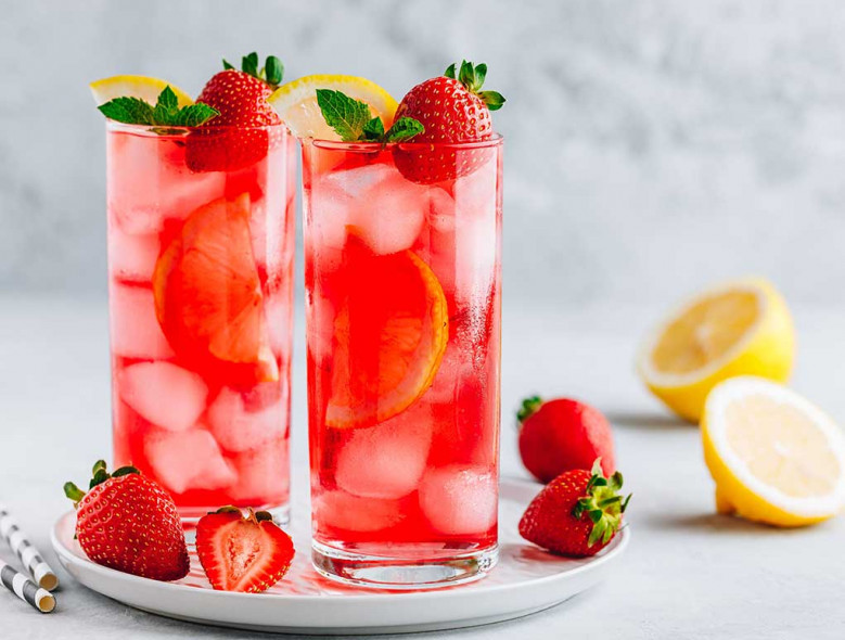 Sparkling Strawberry Mint Water