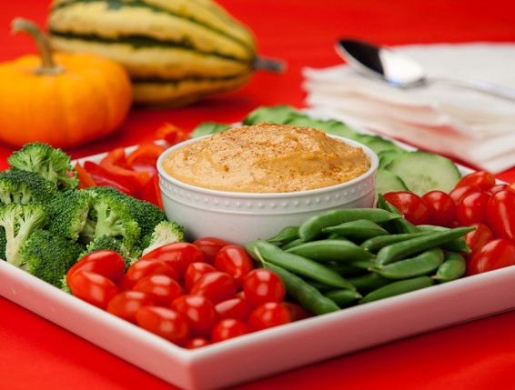 Holiday Veggie Platter with Hummus – Quick Recipe
