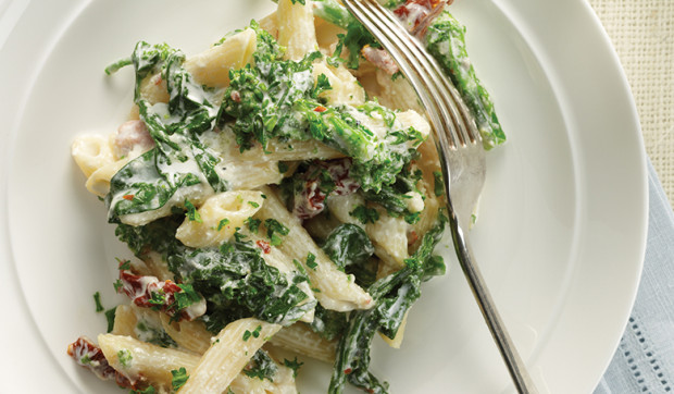 Penne with Broccoli Rabe, Prosciutto, and Garlic