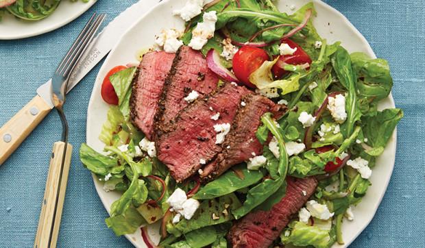 Romaine Peppercorn-Steak Salad