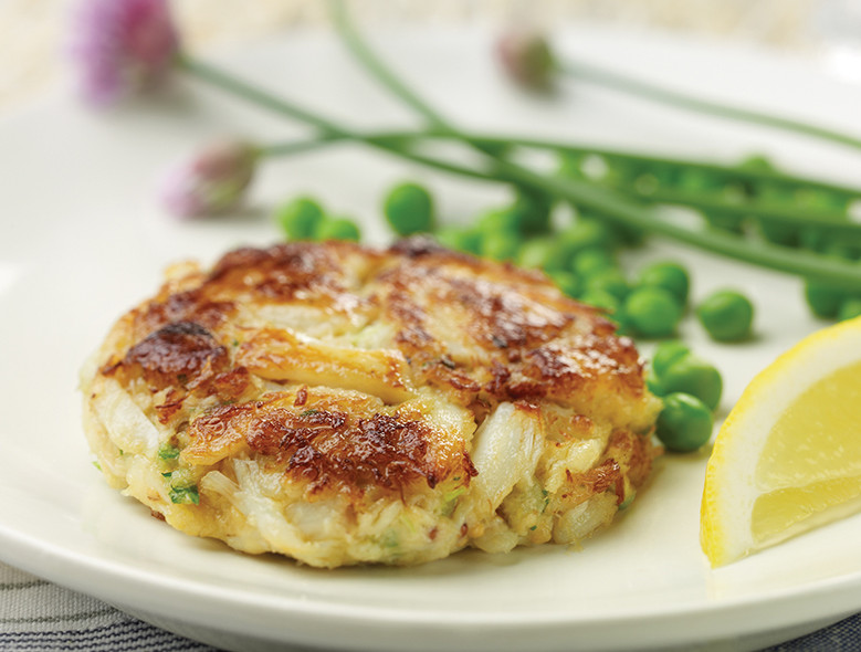Traditional Lump Crab Cakes