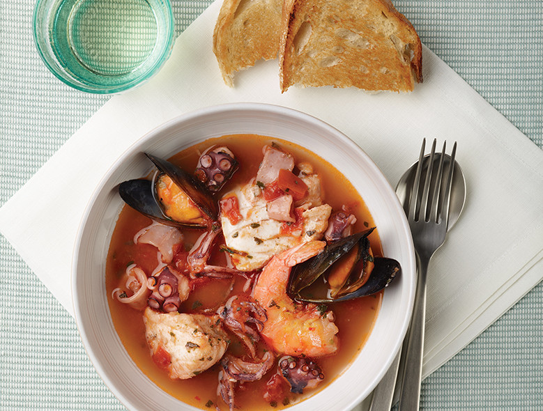 Tuscan Seafood Stew (Cacciucco Livornese)