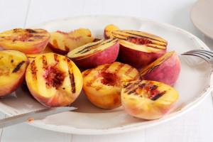 Cinnamon Maple Grilled Peaches