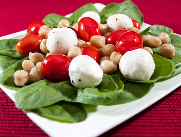 Mozzarella, Tomato and Chickpea Salad